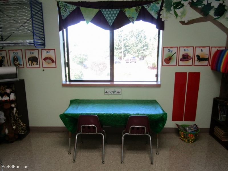 Preschoolart center Preschool Classroom Set up!