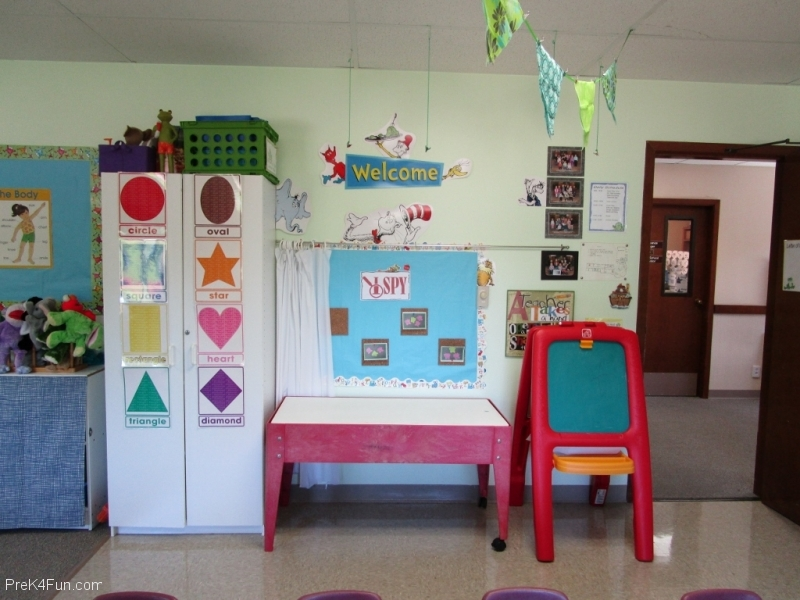 Preschool I Spy Sensory center Preschool Classroom Set up!