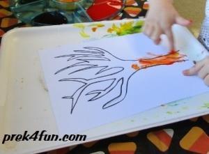 Fall Tree Finger paint play