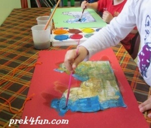 Thanksgiving Windsock preschool craft 3