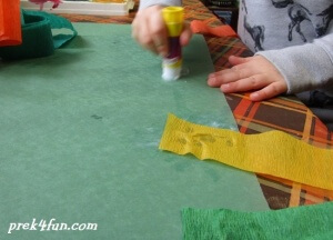 Thanksgiving Windsock preschool craft play