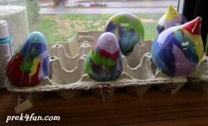 Preschool Paint Ornament drying