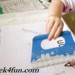 Preschool Book of Seasons autumn wind shaving cream paint
