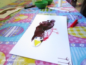Spring Preschool Bulletin Board foot print Robin art