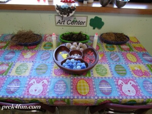 Spring Preschool Bulletin Board Bird Nest art center set up