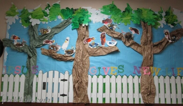 spring Tree Bird Bulletin Board