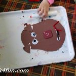preschool-handprint-reindeer-006-800x600
