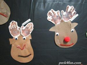 preschool-handprint-reindeer-057-800x600